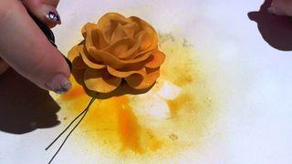 Starburst sprayed flower 6